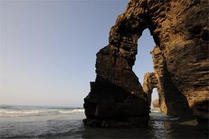 15 Lengkungan Batu Laut menakjubkan, Playa-de-las-Catedrales