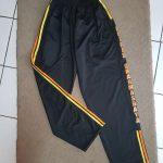 Kaos Kerah dan Training, Seragam Baju Setelan